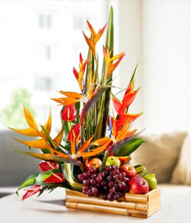 Flores Exoticas y Frutas