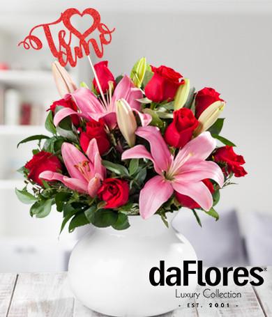 Rosas y Lirios Te Amo